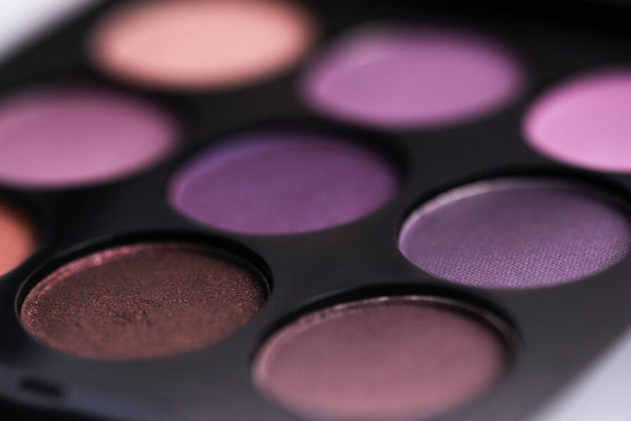 brown and purple eyeshadow palette